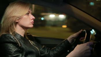 С каким зрением можно водить машину: правовые нормы, особенности получения прав