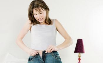 Как растянуть джинсы до нужного размера и длины