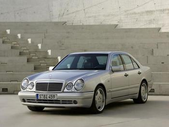 5 автомобилей бизнес-класса, которые можно найти в хорошем состоянии за 350 тысяч