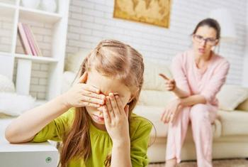 5 частых родительских ошибок при воспитании подростка