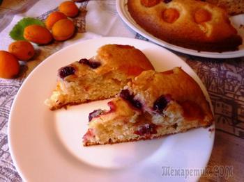 Пирог с сезонными фруктами