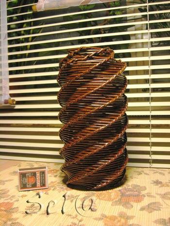 Спиральное плетение из газет