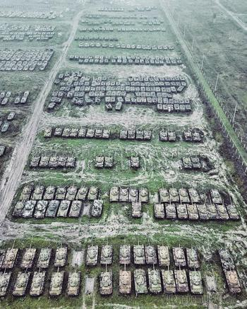Все танки попадают в лес: как выглядят кладбища военной техники