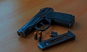 Пистолет Макарова: почему у современных моделей черная рукоятка, если при СССР была коричневая