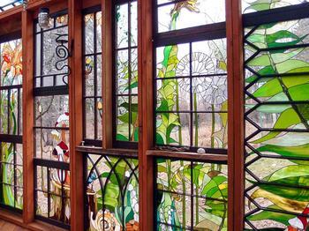 Мир сказки: фантастический стеклянный домик Нейли Купер