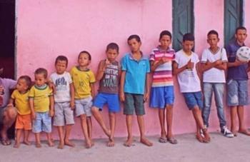 13 сыновей и ни одной дочери!