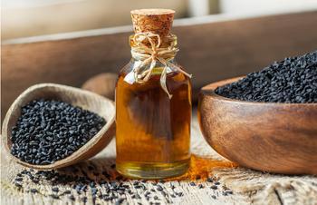 Сколько пить масло черного тмина: советы диетологов