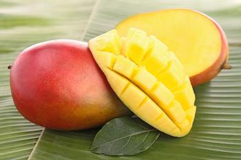 Манго: как правильно выбрать и вкусно съесть