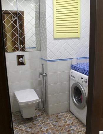 Санузел с отделенным душем