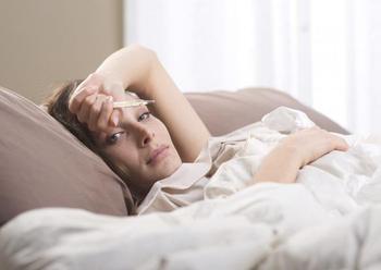 Что делать, если болит голова и температура?