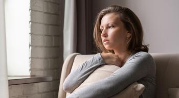Сирота при родной матери: травма недолюбленного ребенка