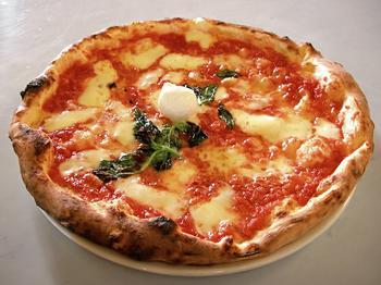 Неаполитанская кухня: 8 блюд, ради которых стоит посетить этот уникальный город