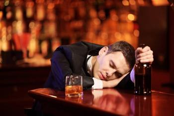 К чему снится пьяный человек, и что это предвещает?