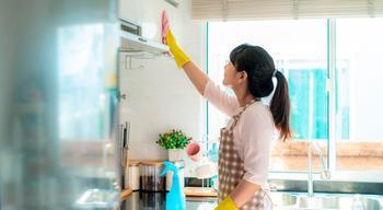 Чем отмыть кухонные шкафы