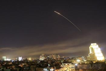 """Как упавшие в Сирии """"умные"""" ракеты Трампа помогут России"""