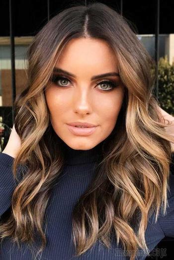 16 потрясающих причесок на длинные волосы, которые станут самими стильными в 2019 году