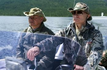 Западные СМИ и соцсети в восторге от рыбалки Путина