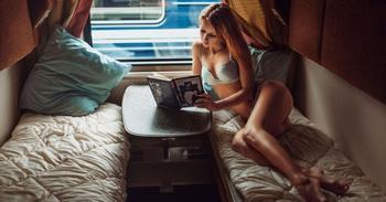 Как вести себя в поезде, чтобы не бесить окружающих