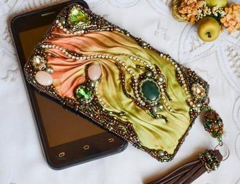Как украсить чехол для телефона — самые модные и актуальные решения