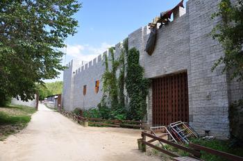 Замок Львиная голова - окунитесь в сказочный мир Средневековья
