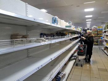 ВЦИОМ: Все больше россиян стали хуже относиться к продовольственному эмбарго