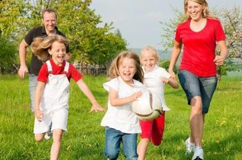 Почему для родителей важно играть с детьми?