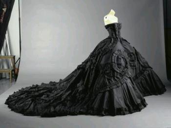К чему снится черное платье? Символизм цвета