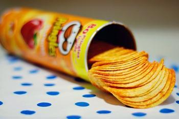 Еды мне, да побольше: 7 коварных продуктов искусителей разжигающих аппетит