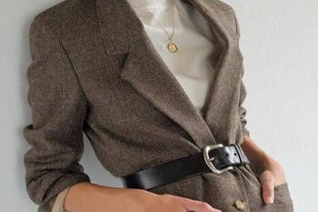 Как превратить старое пальто в модный жакет: пошаговая инструкция