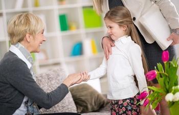 Как и где искать хорошую няню для ребенка