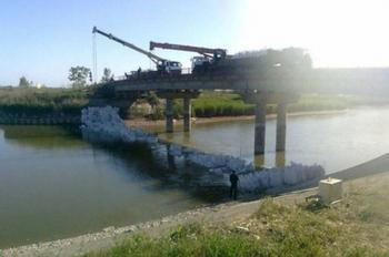 Украинская дамба на Северо-крымском канале превращается в очаг инфекции