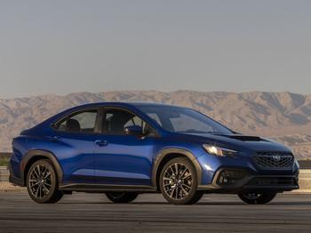 Subaru WRX 2022: спортивный седан для американского и японского рынков