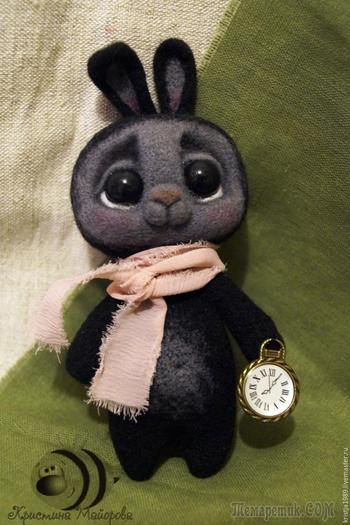 «Кролики - это не только ценный мех, но и овечья шерсть»: валяем милую карманную игрушку
