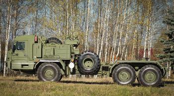 Ракетный тягач БАЗ-6402