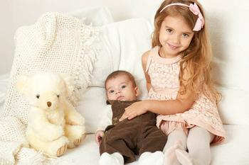 Старший и младший: частые ошибки родителей в воспитании детей