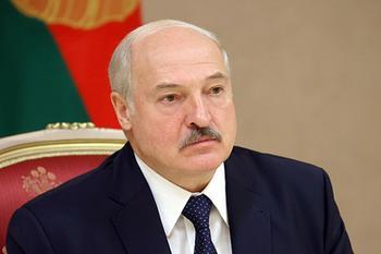 Тайную инаугурацию Лукашенко сравнили с «воровской сходкой для коронации»