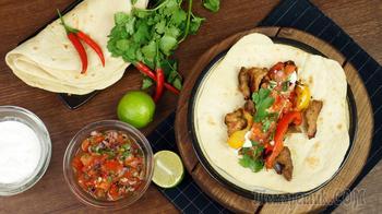Мексиканский Фахитос в Тортилье. Блюдо просто огонь!