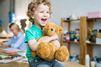 Ребенок не ценит вещи: 5 способов научить детей беречь свое и чужое