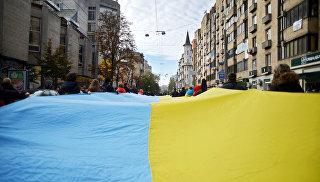 ВКиеве хотят обязать жителей Крыма иДонбасса просить прощения уУкраины
