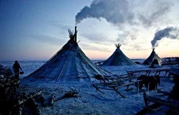 """Страничка из жизни народов Крайнего Севера, которые прекрасно обходятся без """"цивилизации"""""""
