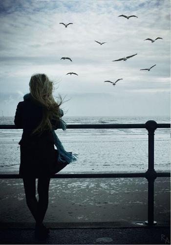 И поняла она, что душа-то еще не завяла и любить способна