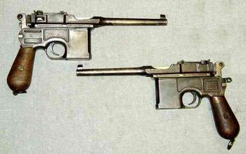 Пистолет Mauser C96: любимое оружие офицеров и революционеров