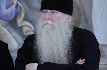 «Люди не видят Христа, потому что мы им Его не показываем» Схиархимандрит Иоаким (Парр) о монашестве и духовной жизни