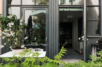 Квартира на первом этаже с отдельным входом (92 кв. м)