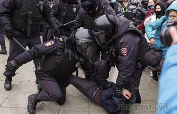 МИД обвинил США во вмешательстве в дела РФ на примере акций протестов