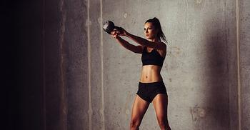 Эффективные упражнения для обвисшей кожи рук