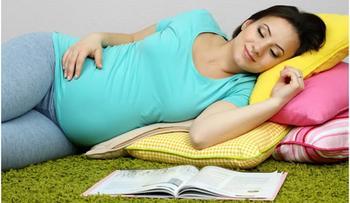 К чему снится своя беременность девушке? Узнайте ответ в популярных сонниках