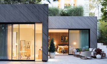 Уютный минимализм в частном доме в Лондоне