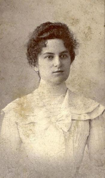 Ретро портреты венгерских красавиц начала ХХ столетия