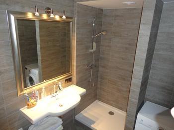 """Ванная: """"деревянный"""" интерьер"""